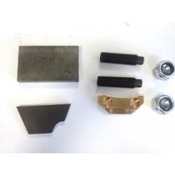 Docisk Ashcrofta koła talerzowego do wałka ataku w moście Land Rovera