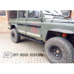 Stopnie boczne HD2 do Land Rover Defender 110