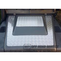 Nakładka z aluminiowej blachy ryflowanej na maskę do Land Rover Defendera TD4