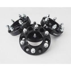 Dystanse kół 30mm 6x139,7 z pierścieniem centrujacym Nissan Terrano, Xterra, Navara